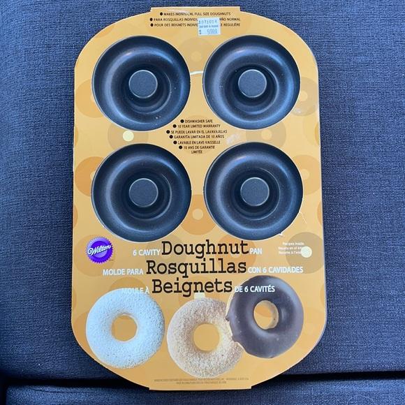 Donuts pan